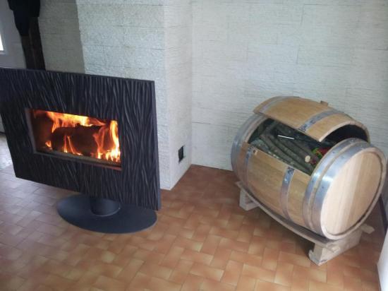 Coffre à bois  120€